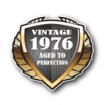 1976 Year Dated Vintage Shield Retro Vinyl Car Motorcycle Cafe Racer Helmet Car Sticker 100x90mm